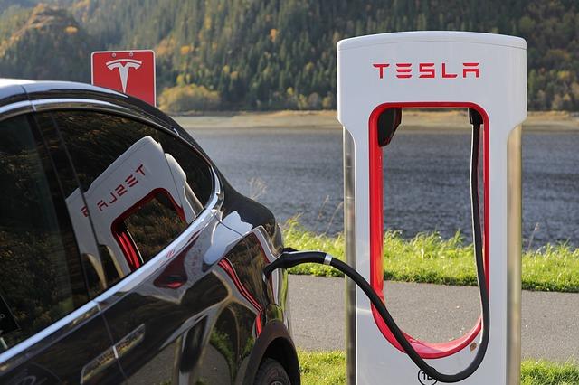 Tesla opens 9 supercharging stations in Beijing